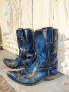 Blauwe-leren-laarzen
